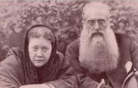 Madame Blavatsky e Coronel Olcott, fundadores da Sociedade Teosófica